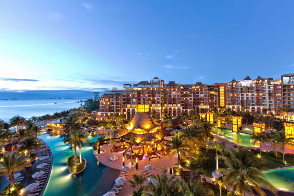 Why guests get a great value all inclusive vacations at Villa del Palmar Cancun