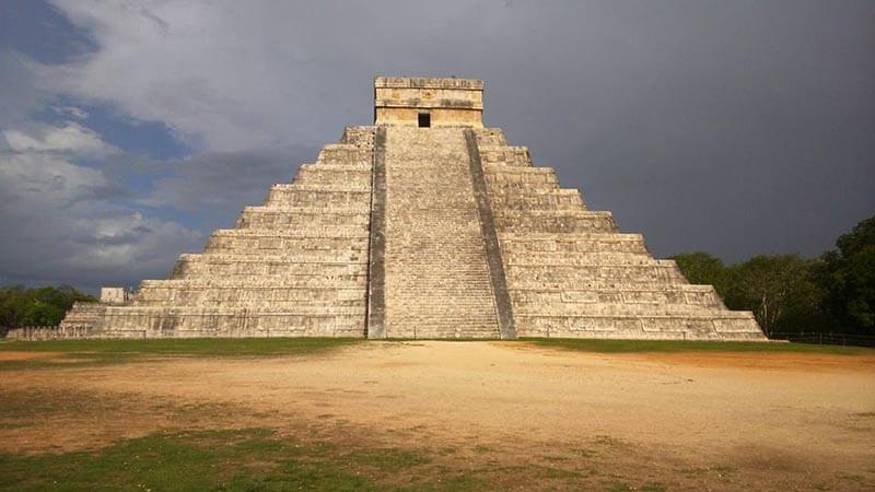 Day Trip to Chichen Itza near Cancun